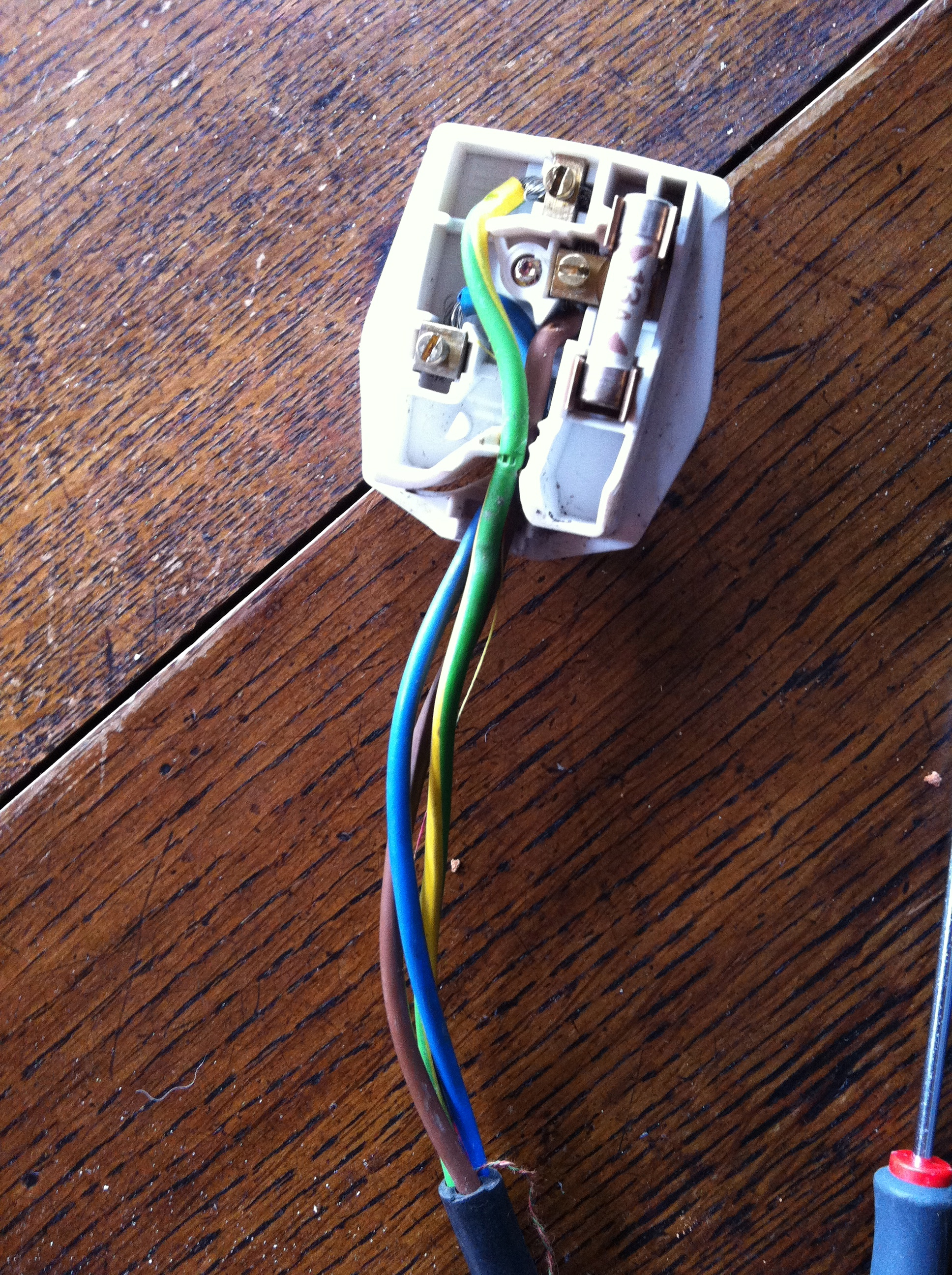 Plug wired without including the cable insulation | PAT Perspective Limited